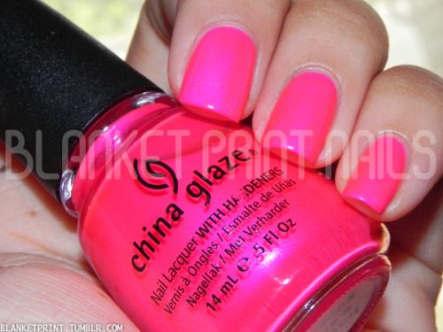 Color: Love's A Beach (China Glaze)Retail Price: $7.00 (USD) This shade is from China Glaze's summer 2012 Summer Neons collection. It is a neon pink with fuchsia shimmer. The shimmer is fairly subtle, but it sparkles quite brilliantly when the sun hits your nails just right! The formula for Love's A Beach was pleasantly surprising. I'm used to neon nail polishes requiring several coats to achieve full opacity, and some even dry matte; however, this shade is fairly pigmented and saturated, dries glossy, and has a consistency similar to China Glaze cremes. My guess is the great formula is due to the shimmer. In the photo above, I am wearing two coats of Love's A Beach. I think this is yet another bright nail polish wonderful for summer pedicures, but its pigmented, saturated nature makes it ideal for nail art as well! Disclosure: Product sample provided by China Glaze.