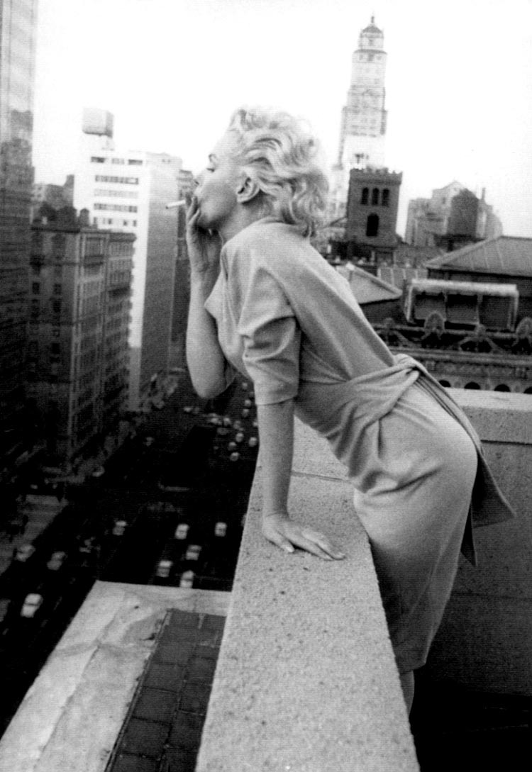 suicideblonde:  Marilyn Monroe