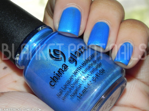 Color: Splish Splash (China Glaze)Retail Price: $7.00 (USD) This shade is from China Glaze's summer 2012 Summer Neons collection. It is a bright blue shimmer, although I wouldn't necessarily classify it as a neon because I don't think it's bright enough. The formula for this shade is adequate, although slightly streaky during application. It also took a little longer to dry than other shades in this collection (not sure if that's specific to every bottle of Splish Splash or if I just got a wonky bottle). Regardless of my minor issues with Splish Splash, it's still fairly easy to apply, and I needed two coats to achieve bottle color. Like I said, I wouldn't really say Splish Splash is a neon blue, but it definitely fits its name. It makes me think of the pool, which makes me think of summer, so even though it's not a neon, it definitely belongs in a summer collection. Disclosure: Product sample provided by China Glaze.