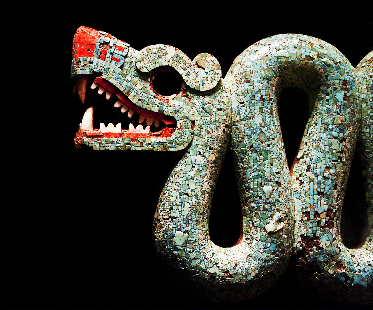ancientart:  The ancient Aztec double-headed serpent god Quetzalcoatl mosaic, currently in the British Museum. It is thought to be displayed during religious ceremonies.