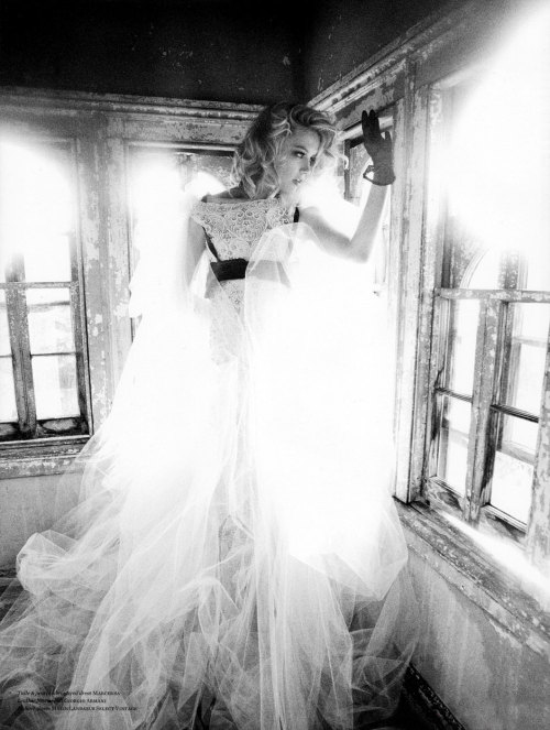 """Amber Vs. Amber"" (+) Vs Magazine, Fall Winter 2011 photographer: Ellen Von Unwerth Amber Heard in Marchesa"