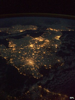 cruelwaste:  The UK by night, seen from the International Space Station.