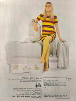 the60sbazaar:  French suitcase advert (1968)