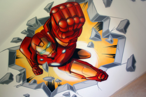 albotas:  Awesome Iron Man Wall Mural How many of you would be down for this on a wall in your house?