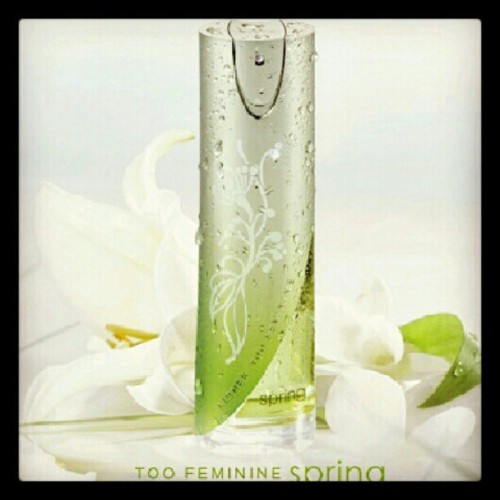 #too #feminin #parfume #instagram #instaphoto #instaworld #android #androidphoto #pingram #pingramme #hellogram #instadaily #instacnvs #photooftheday #instago #instagramers #picoftheday #instacanvas #instadaily #instagramhub #gf_daily #gang_family #extragram (Taken with Instagram)