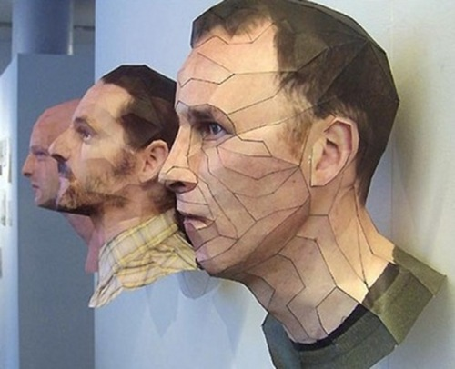 discoverynews:  Life-Like Sculptures Made Of Paper Bert Simon's uber-realistic sculptures are made of paper. Simon, a Dutch artist, used sophisticated face-tracking technology to map his models. Data was then fed through special computer software to create printed pieces of paper that could be cut, folded and glued into three dimensional sculptures.  keep reading