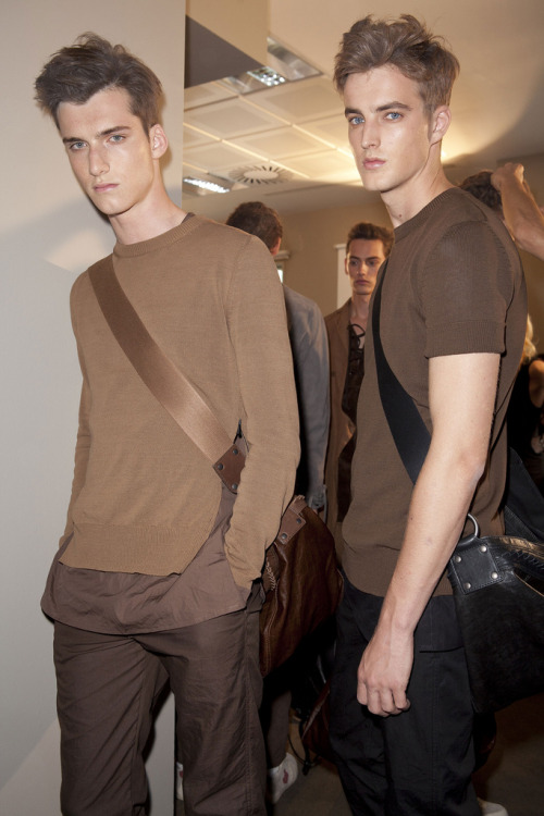ledomsh:  Bottega Veneta backstage Can not take this hotness!