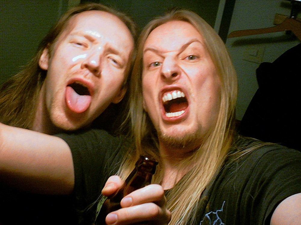 how-far-to-asgaard:  Kai and Jari being camera whores.