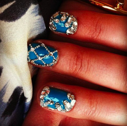 Hats off to Miss Pop Nails for these glam digits! Follow her Tumblr here!