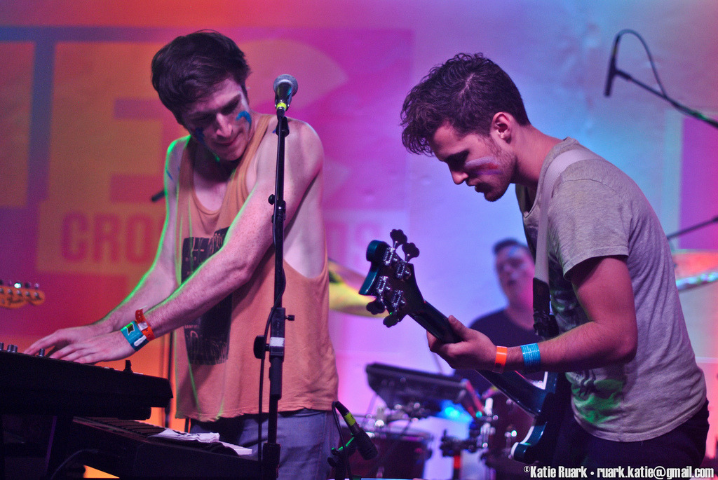 Just realized I never posted any of my @walkthemoonband photos from SXSW. Oops?  You can click through for the rest of the set.
