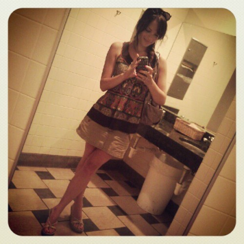 """#ootd, bathroom at lunch style ;) #gpoy"" (via Instagram)"