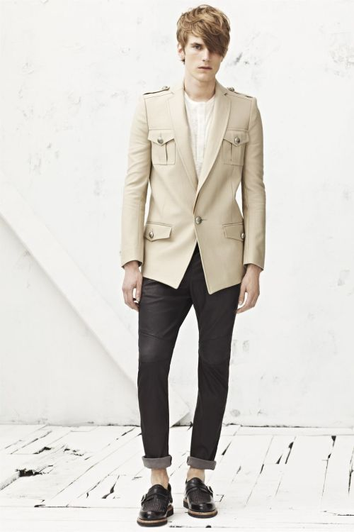 Balmain Homme Spring Summer 2013 FULL Collection here: http://riccardotisci.blogspot.ro/2012/06/balmain-homme-spring-summer-2013-full.html