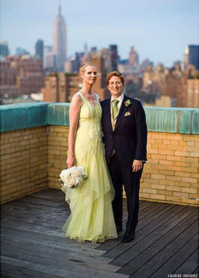 Look at this beautiful wedding portrait of Cynthia Nixon and Christine Marinoni!