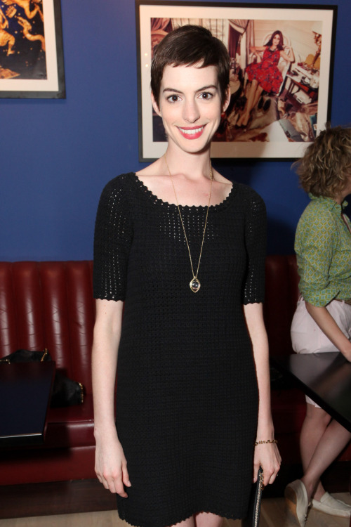 lifestylemirror:  Scenes from Last Night: Anne Hathaway The starlet toasted summer with LifestyleMirror at our HQ in NYC. Check out the rest of the crowd here.