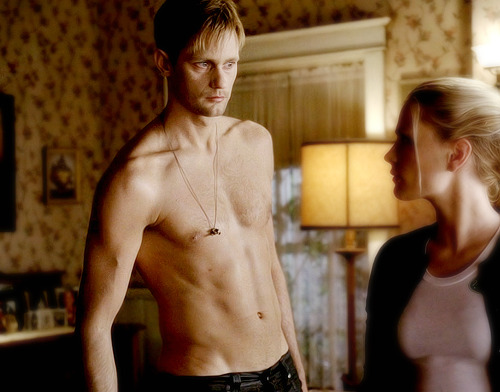 9/50 Eric Northman's Screencaps