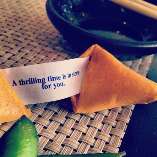 """A thrilling time is in store for you"" #fortunecookie #fortune #cookie #japanese #food #asian #chinese #nom #yummy #quotes #quote #followgram  (Taken with Instagram at Asakuma Sushi & Chinese)"