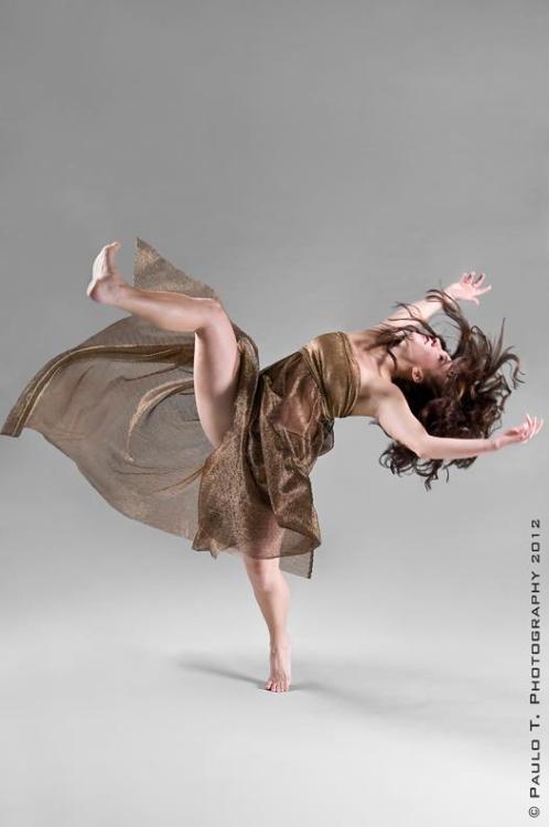 paulot:  Katie Hopkins - ARCOS Dance© Paulo T. Photography - pauloT.com