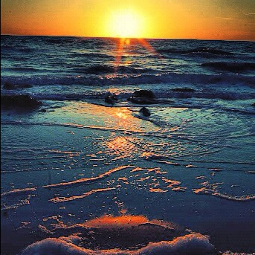 #sunset #summer #sea #shore #sand #paradise  (Taken with Instagram)