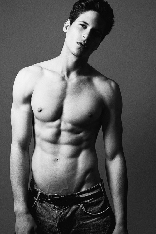 yellowasian:  Diego Fragoso | Anthony Meyer