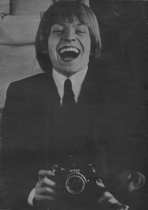 BRIAN JONES (1964) (Via hideelee)