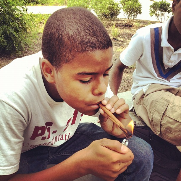 Kids actually smoke cinnamon in Canarsie. Lolol #nyc #Canarsie #cinnamon #weindahood (Taken with Instagram)