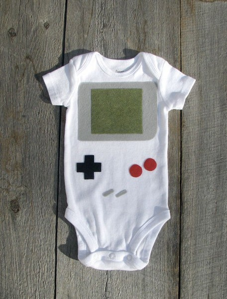 Click through for 13 onesies for your baby geek!