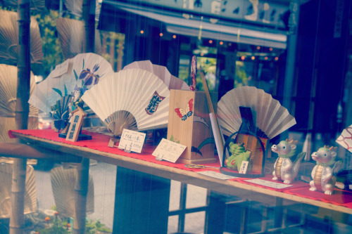yuuuu:  Asakusa (by yuu@photography)
