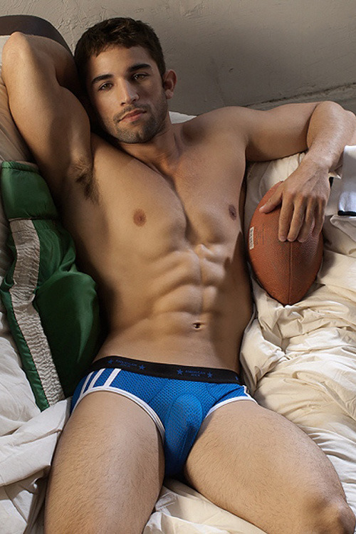 gayundies:  Great body & sexy Go Softwear undies!