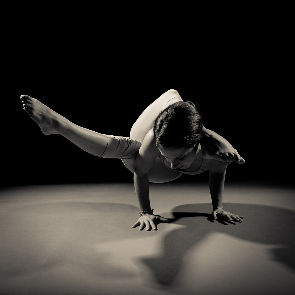 migas:  (via Black and White Yoga - Canon Digital Photography Forums)