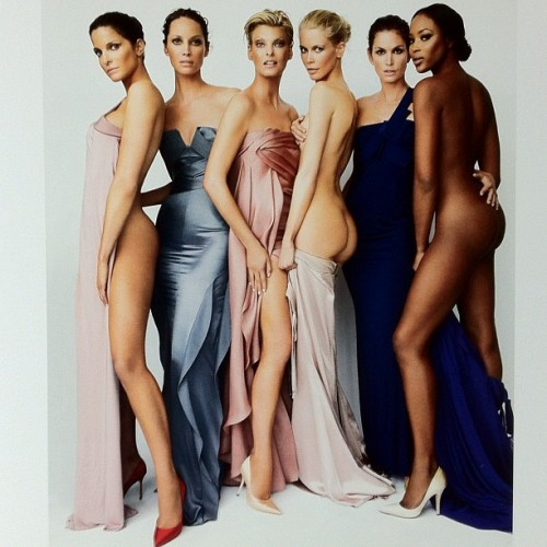 Todo O Nada. Mario Testino. #supermodels #stephanie #christy #linda #claudia #cindy #naomi (Taken with Instagram)
