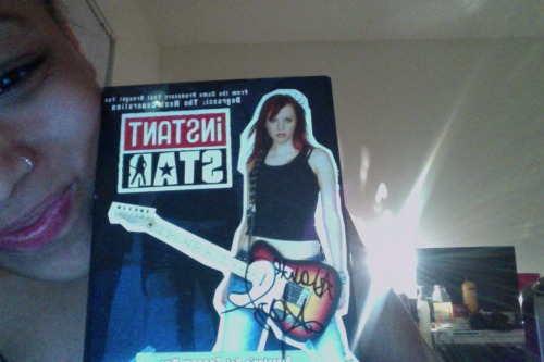 ashantelovemusic:  My signed Instant Star Season 1 DVD from Webster Hall <3   hate you.