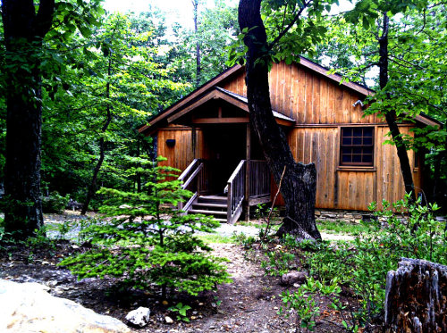 nicalbright:  Pretty nice little rental cabin at Hanging Rock I noticed last weekend. Lived here 15 years and never knew those were there, haha!