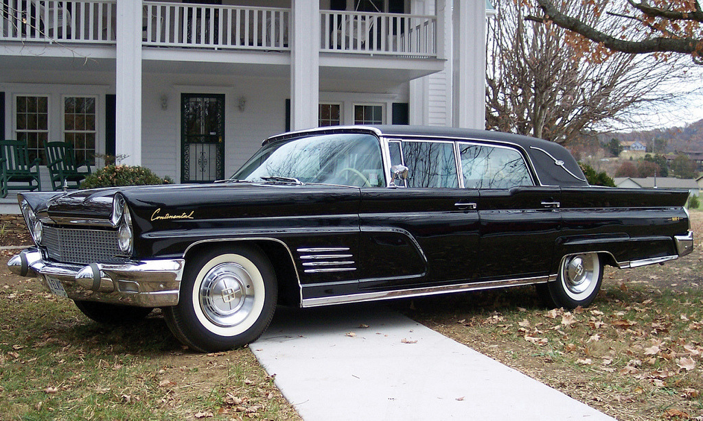 '60 Lincoln Mark V Limousine