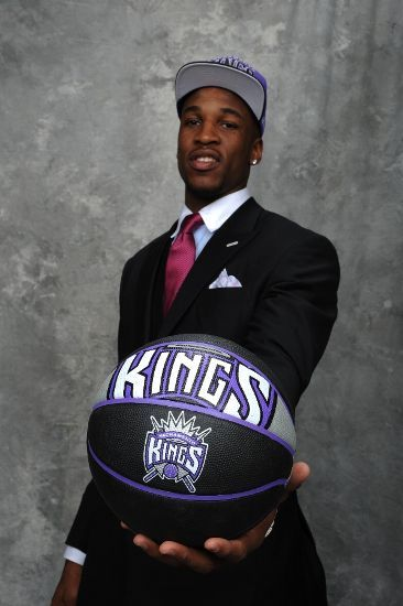 With the number 5 pick, the Sacramento Kings select Thomas Robinson.