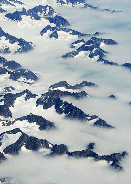 just-breezy:  Greenland by Air (by Zinni)