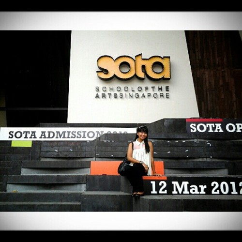 06.28.2012 sota School of the Arts, Singapore. ;) #2012 #sg #thesis #sota #schoolofthearts #singapore #school #arts #green #sitevisit #architecture #karen;) #mandy #blog #memories #trip #tour #family #asia #buhayarki #design #photoblog #love<3 #inspiration #colorsofsummer #colorful #color #;) (Taken with Instagram)