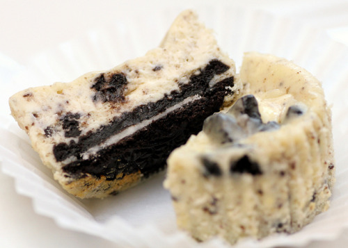 e-levated:  Cookies n' Cream Cheesecake Cupcakes