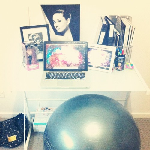 tantrumsattiffanys:  my desk at the new house. I use a gym ball instead of a chair. it's good for your posture. ok. (Taken with Instagram)  mini update - i'm almost all moved in!