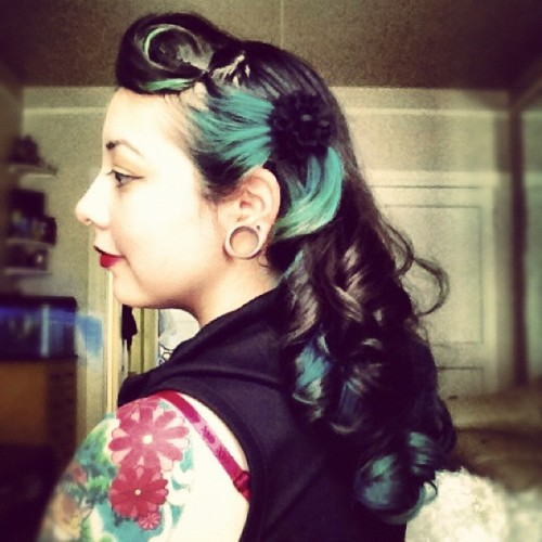 Some sweet #suicideroll action. #pinup #hair #teal #turquoise #black #curls (Taken with Instagram)