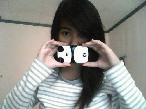 New blackberry hard case that I bought yesterday! It's a paaaandaaa~ I liek! ヾ(@⌒▽⌒@)ノ
