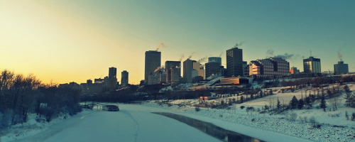 pierodamiani:  Edmonton during a deep freeze (-23 C) on Flickr.