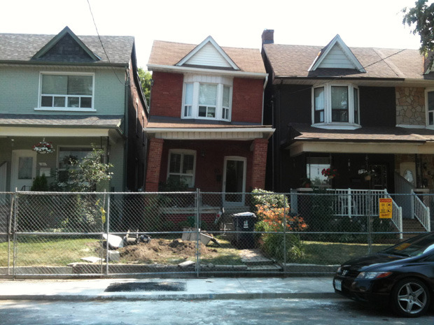 Renovation gone wrong leaves Toronto home slouching toward demolition