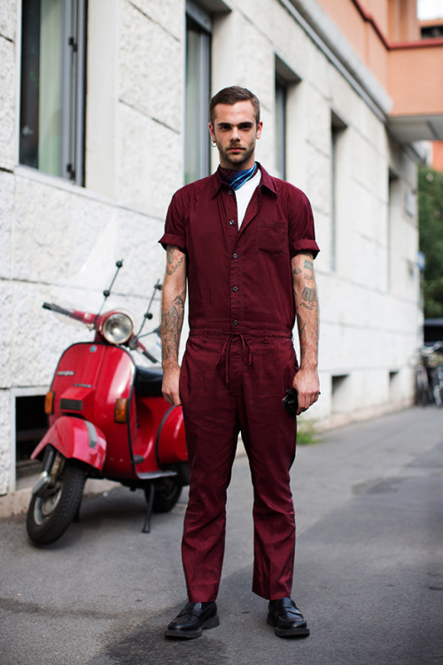 (via On the Street…. Via Fogazzaro, Milan « The Sartorialist)