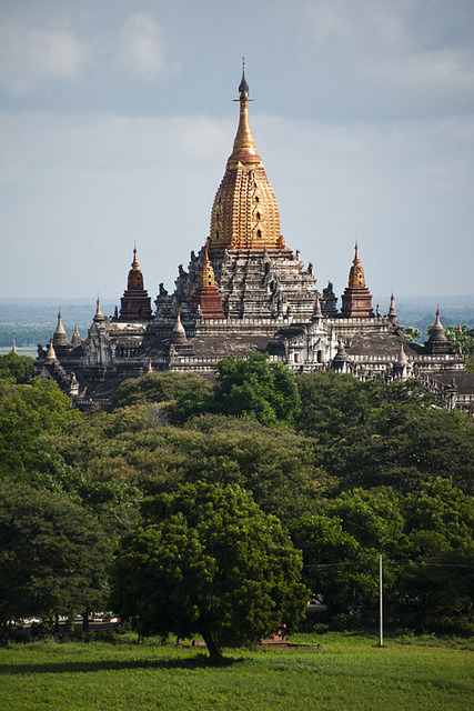 hiddenpeponi:  Burma (Myanmar) by bsmethers on Flickr.