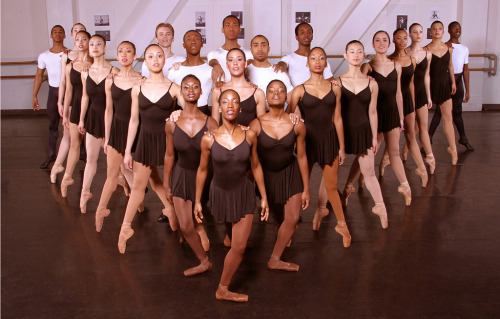 theballetblog:  Dance Theatre of Harlem  Lovely photograph. :)