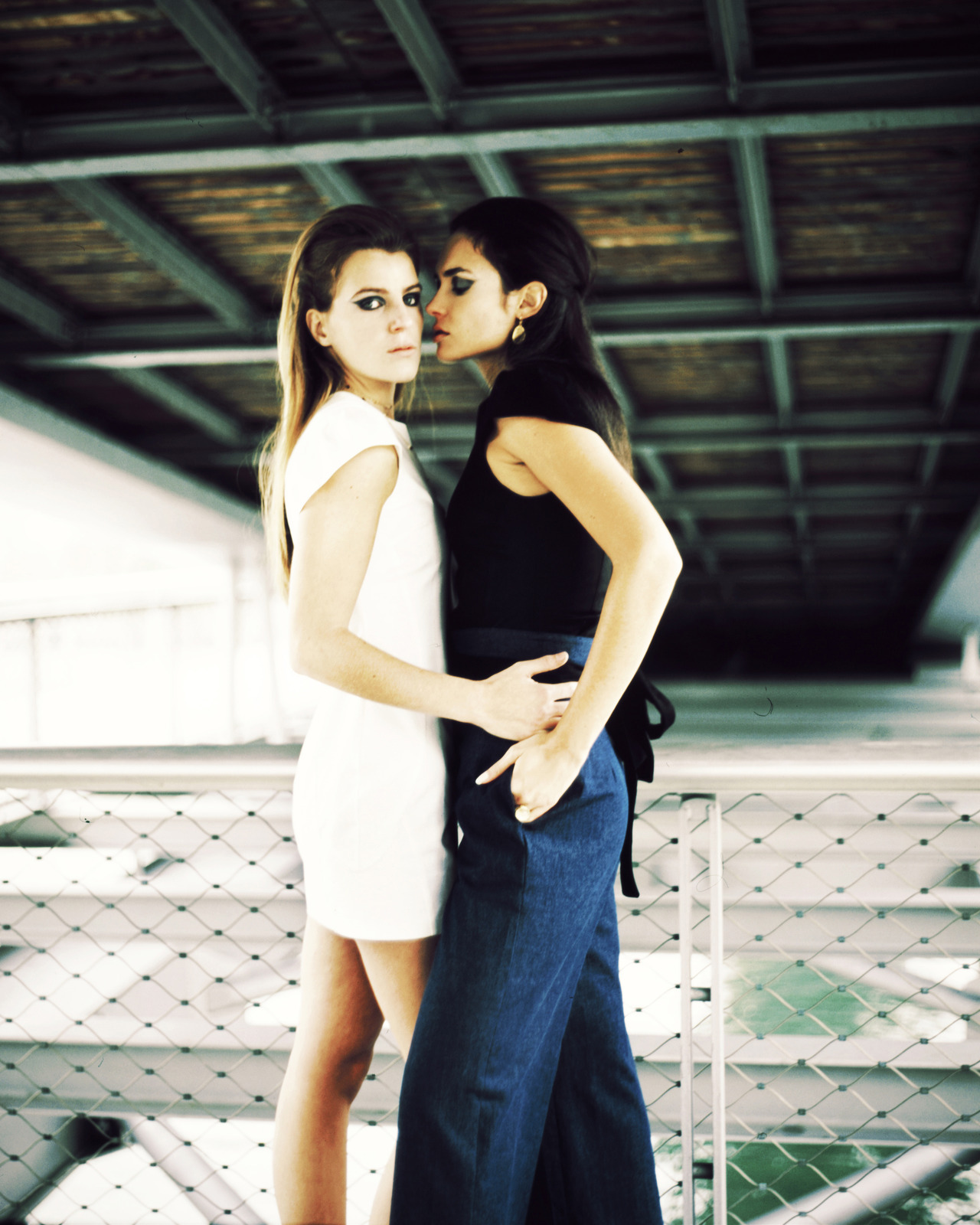 istillshootfilm:  Alison & Kelly | Shot with a Kiev 88 and Fuji Provia 100F