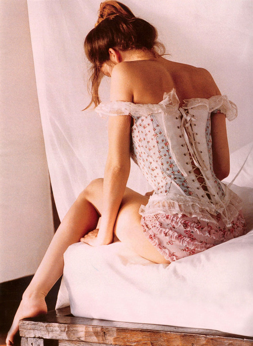(via beautiful, corset, girl, gorgeous, pink - inspiring picture on Favim.com