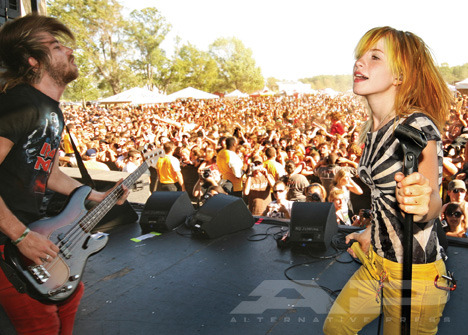 yelyahwilliams:  one of my fav shots ever. credit: Lisa Johnson (i hope i'm not mistaken!)