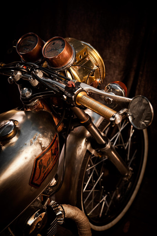 davidpompel:  Incredible combination of metals, inspiration as I look towards Fall '13.