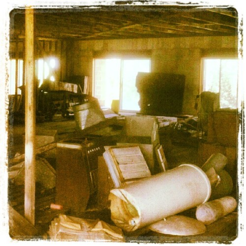 #abandoned american pickers beware (Taken with Instagram at San Francisco Twp. MN)